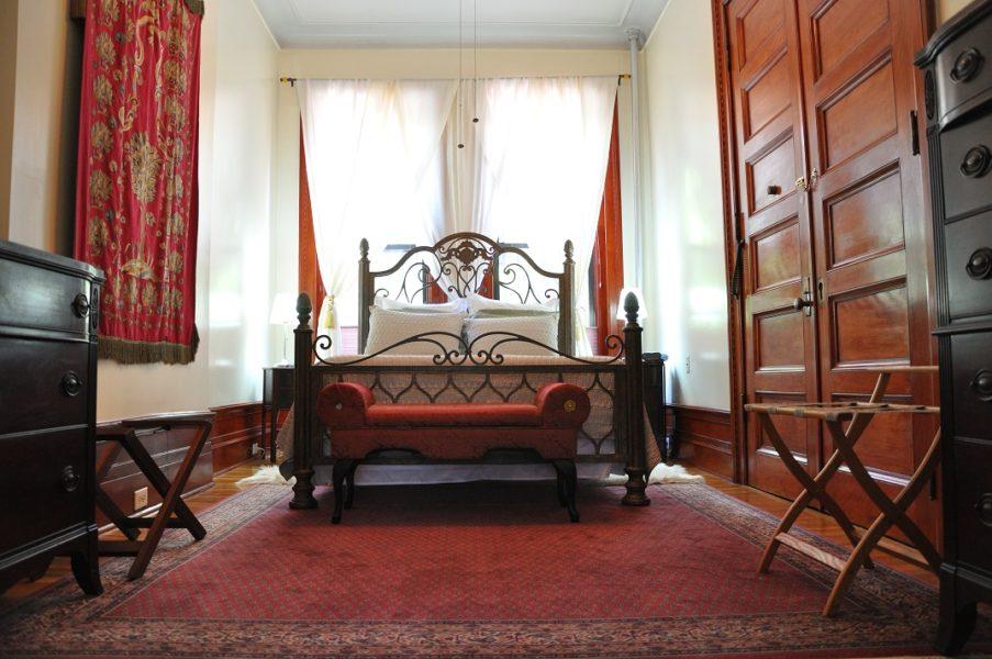 Analitas-Bedroom